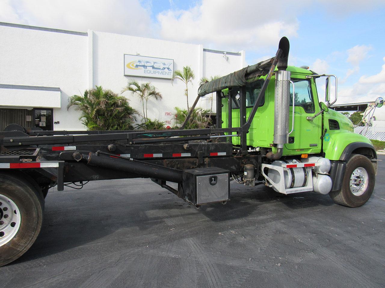 used 2003 Mack CV513 in West Palm Beach, FL