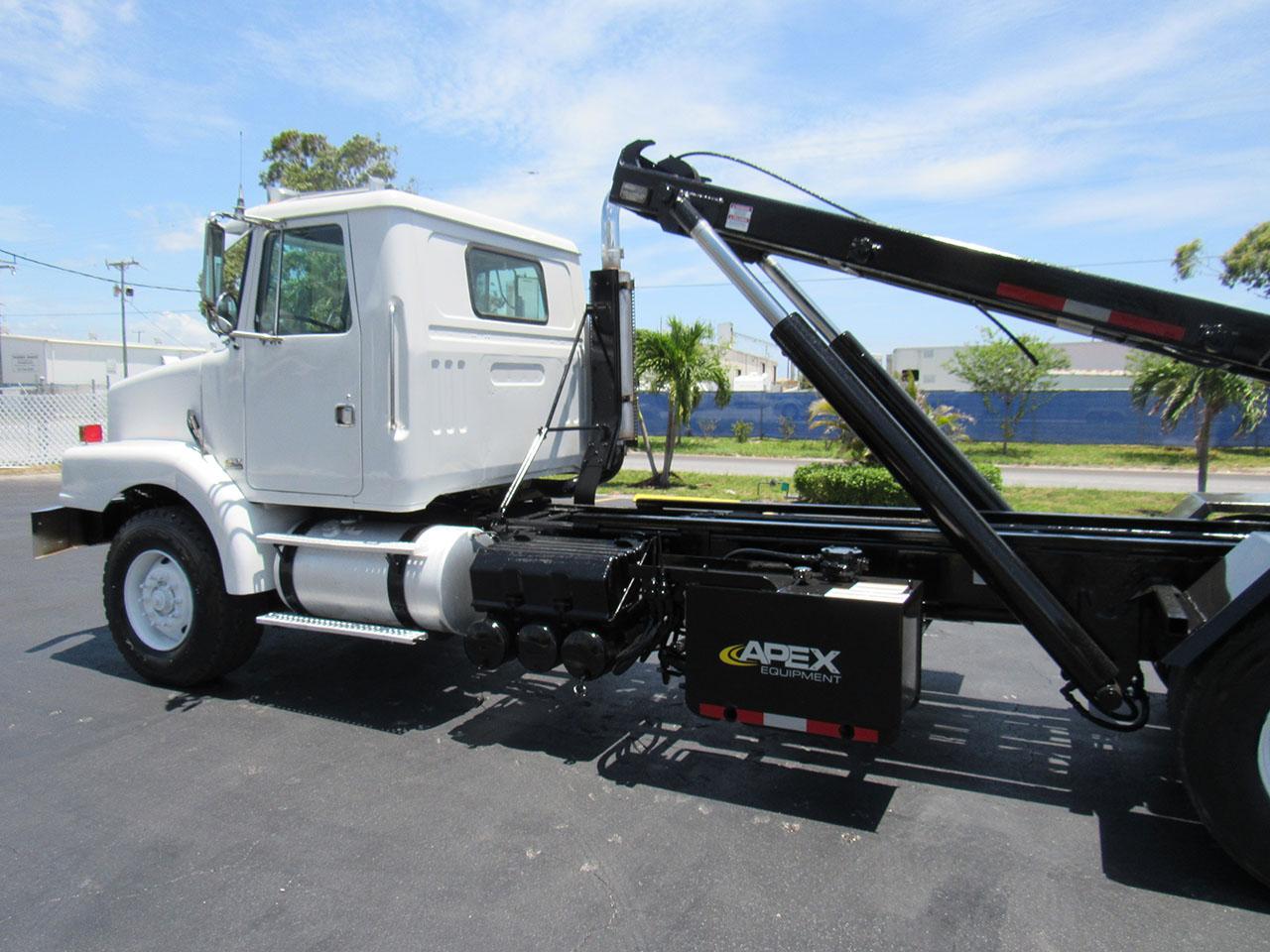 used 2000 Volvo WG64 in West Palm Beach, FL
